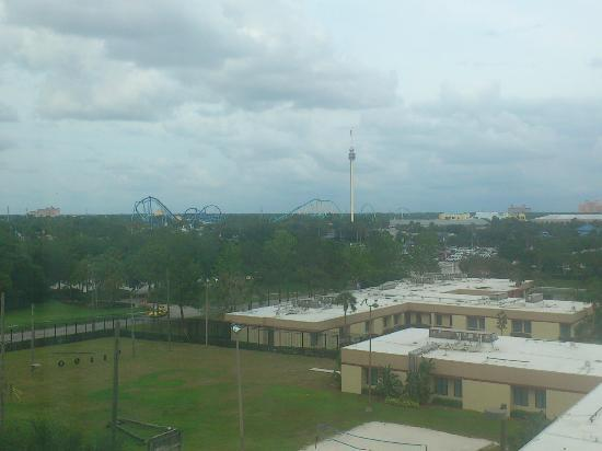 Hilton Garden Inn Orlando at SeaWorld: View of Seaworld