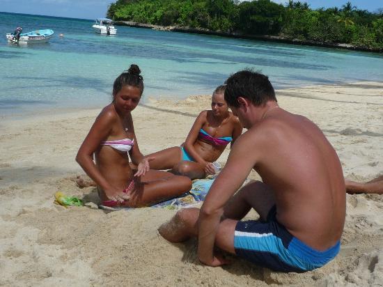 Chalet Tropical Village: последний день на нашем пляже...