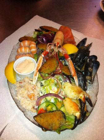 The Sailors Bar: The Sailors Seafood Platter