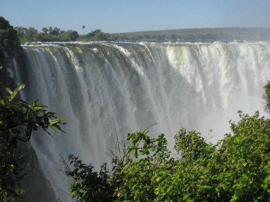 Lokuthula Lodges: Main falls at Victoria Falls National Park