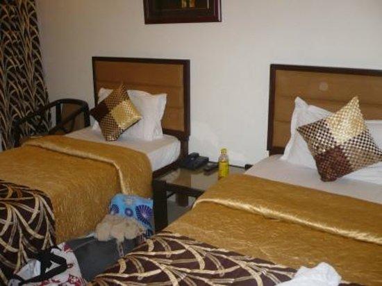 EuroStar International: The bedroom