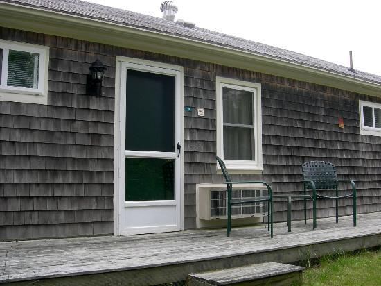 Eagle Wing Inn - Cape Cod: Back door