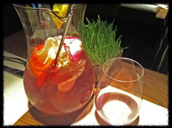 Ragout: Lemonade with organially grown roses