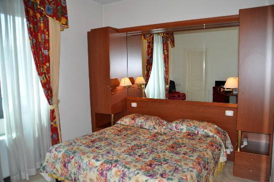 Hotel Ambasciata: unser Zimmer