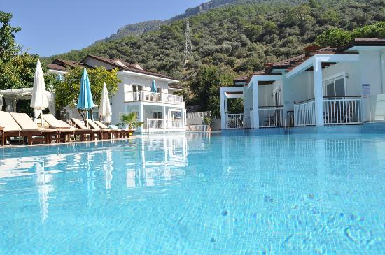 Mozaik Boutique Hotel Rooms & Apartments: Pool and Swim Up Rooms