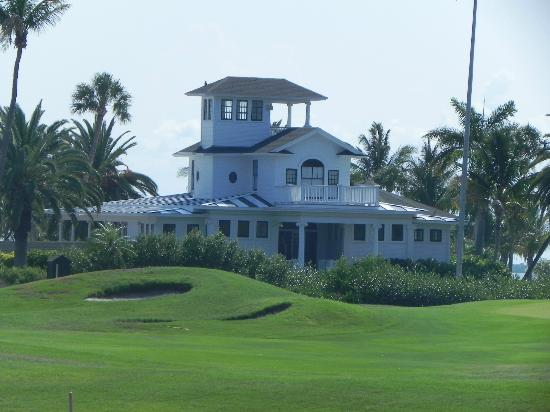 Gasparilla Inn & Club: Picture taken from Golf Course