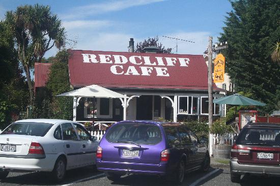 Redcliff Restaurant & Bar: Redcliff café Te Anau