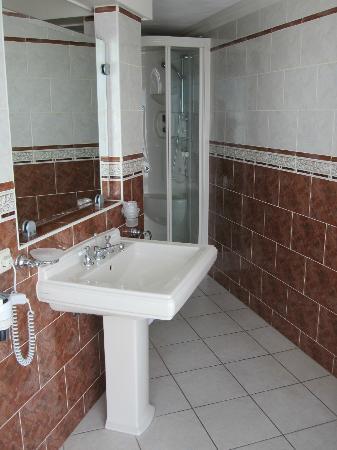Hotel Zuiderduin: Wastafel suite