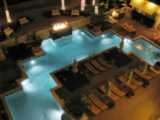Ocean Beach Club: Adult pool at night
