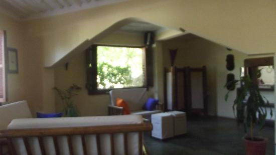 Dhow Inn: lobby
