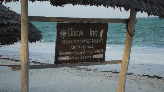 Dhow Inn: near the beach