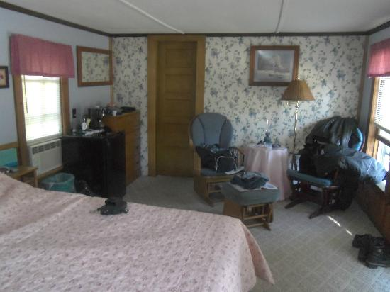 Old Red Inn & Cottages: cabin 4