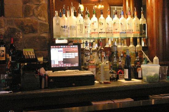 Silver Beach Pizza: The Bar