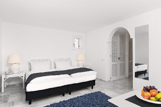 Hotel Village Ibiza : Double room with pool and ocean view