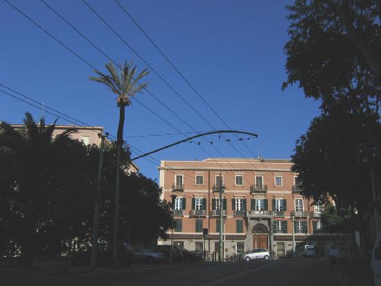 Ca' del Sol: Ca del Sol's building from the Viale Regina Margherita