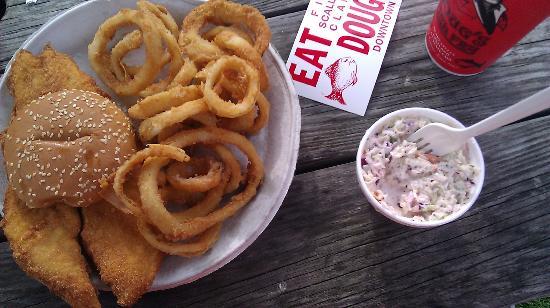 Doug's Fish Fry: Fish Onion Platter