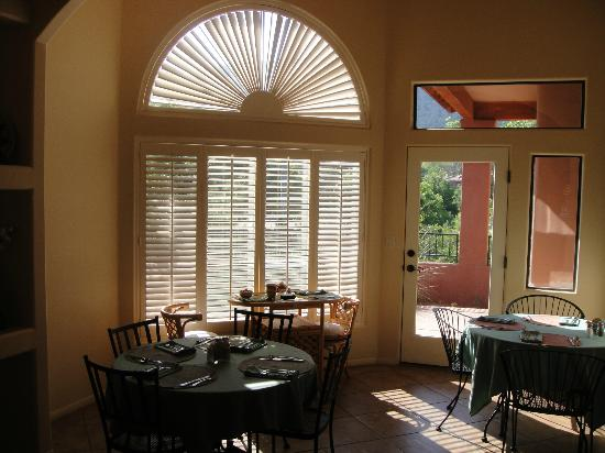 Las Posadas of Sedona: Breakfast area