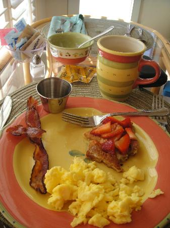 Las Posadas of Sedona: partly eaten yummy breakfast