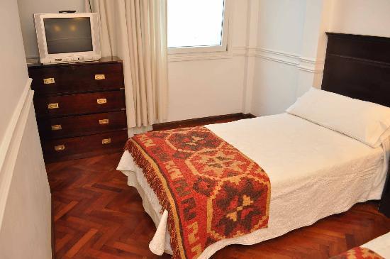 Hotel San Antonio Buenos Aires: Habitacion Matrimonial