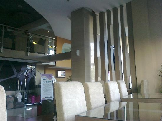 Vio Hotel Pasteur: Ground floor
