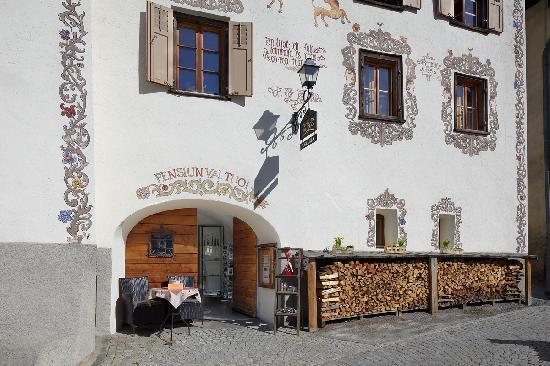 Boutique-Hotel Romantica Val Tuoi : Hausfassade