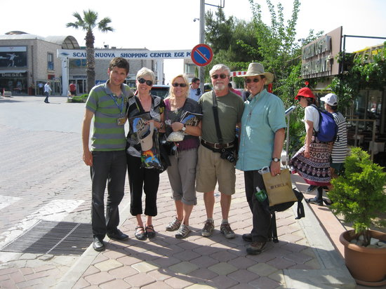 Ephesus Tours by No Frills: No Frills Ephesus Tours with happy cruisers - Ephesus, Selcuk