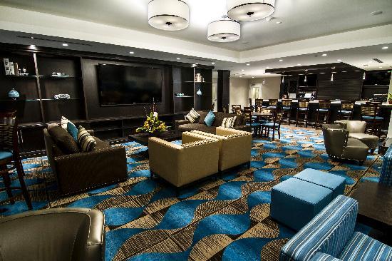 Wyndham Garden Niagara Falls Fallsview: MJ's Lounge