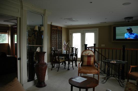 Saint Simons Inn by the Lighthouse: Part of living area