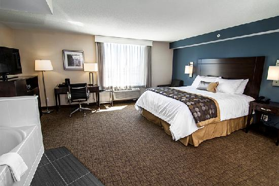 King Jacuzzi Room Picture Of Wyndham Garden Niagara Falls