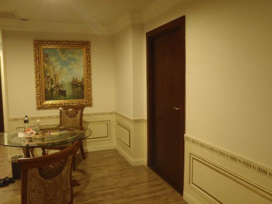 Four Seasons Place: ห้องสวย..ทุกห้องครับ