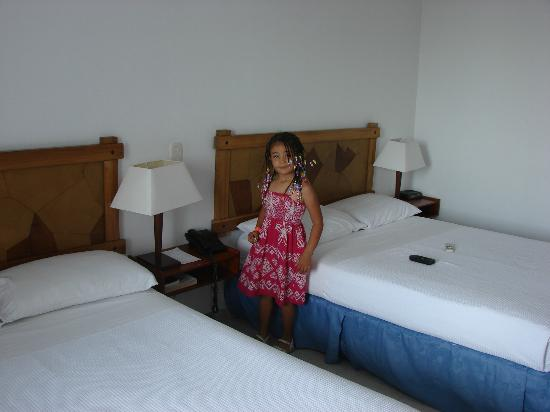 Hotel Tamaca Beach Resort: Habitacion
