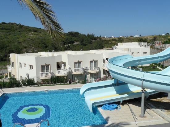 Flamingo Resort: View 3