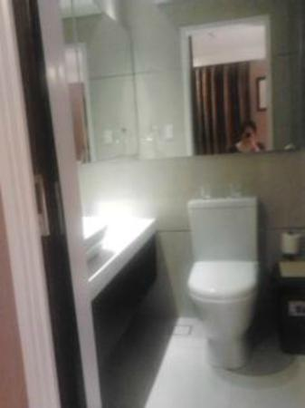 Ciudad Fernandina Hotel: Baby in the shower