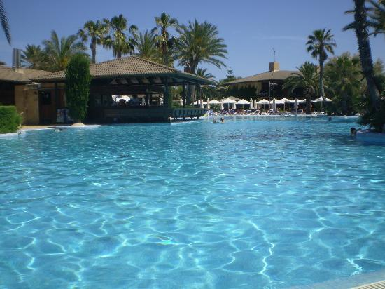 PortBlue Club Pollentia Resort & Spa : piscine et bar