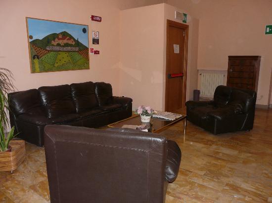 Hotel Duomo: Lounge area