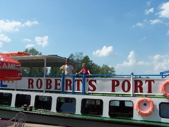 Hotel Robert's Port: Hotelowy statek