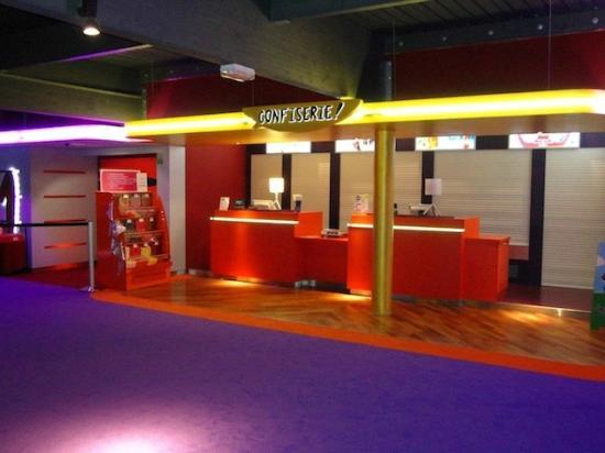 Cinema Le Trefle: espace confiserie