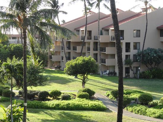 Kamaole Sands Resort & Grounds