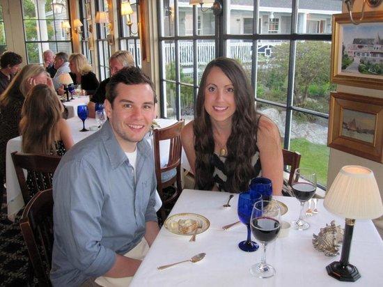 Ocean Cape Arundel Inn: Inside at dinner.