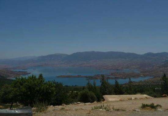 Morocco Rafting : The lake at the end of the trip