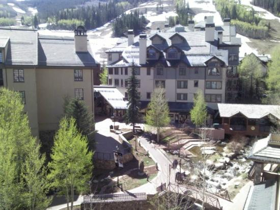 Beaver Creek Lodge: Another from our balcony