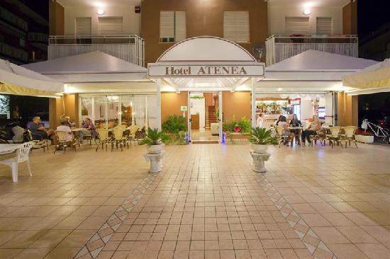 Hotel Atenea : entrata principale