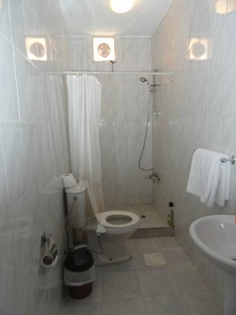 Valley Stars Inn: Bathroom