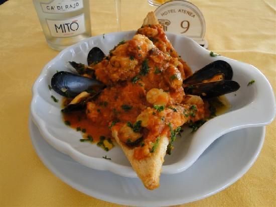 Hotel Atenea : piatto di pesce