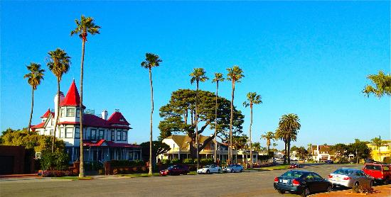 Hotel del Coronado: Historic buildings
