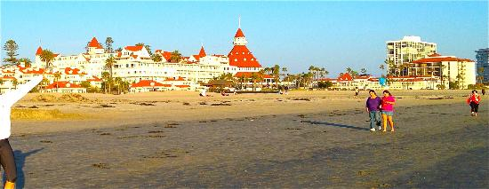 Hotel del Coronado: The Del is on a great stretch of sand