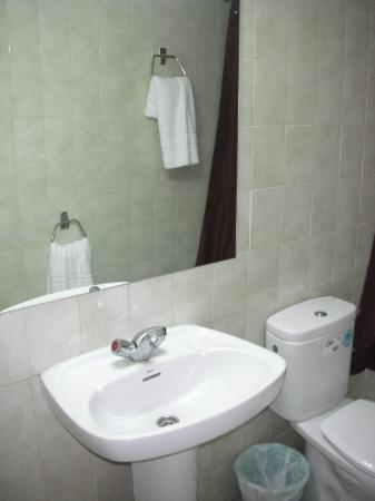 Hostal Ancora : Il bagno