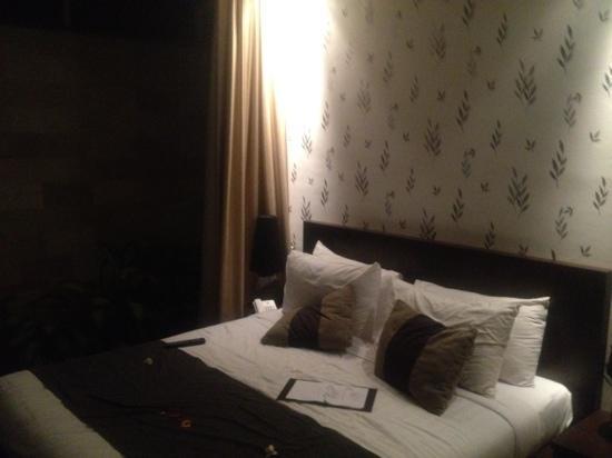 Pandawa Beach Villas & Spa : Nakula Bedroom one of 3 complete set