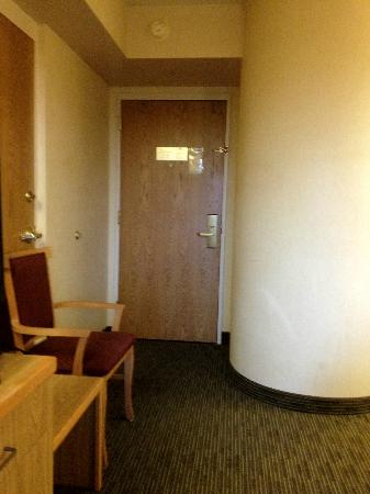 Days Inn Eagan Minnesota Near Mall of America : Door to Room