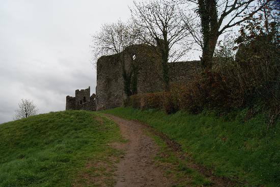 Llansteffan, UK: Aufgang zur Burg